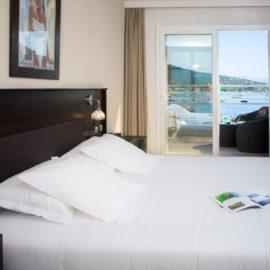 chambre-deluxe-hotel-spa-plage-corse-sud-2