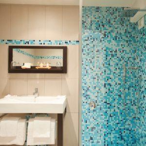 Chambre confort salle de bain Sud Corse